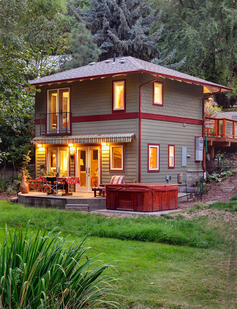 With 664 sq ft at two levels this house has all the for 2 level tiny house